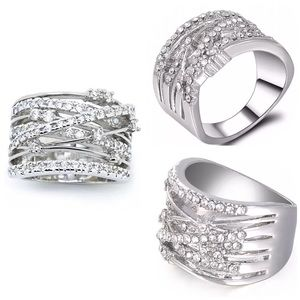 """Jewelry - ✨ New! """"Love Intertwined"""" Silver Band Ring"""